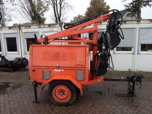 JLG 6308 AN rasvetni toranj