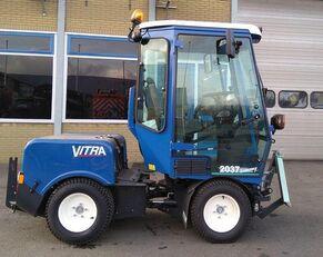 VITRA 2037 univerzalna komunalna mašina